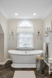 Luxurious soaking tub Master Bath